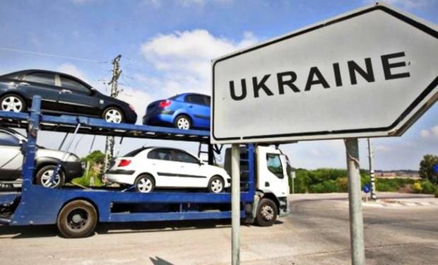 Продажи импортных б/у автомобилей в Украине выросли