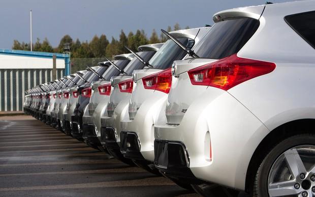Продажи компактных авто в Европе резко упали. Кто еще держится на плаву?