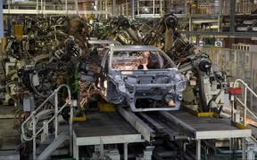 Производство новых авто выросло. Кто построил больше?
