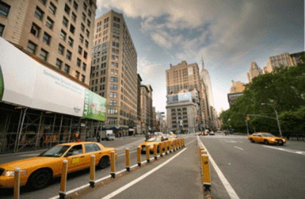 Пятая Авеню в Нью-Йорке остается самой дорогой улицей в мире