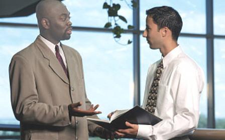 Работа на себя или на компанию: преимущества и недостатки