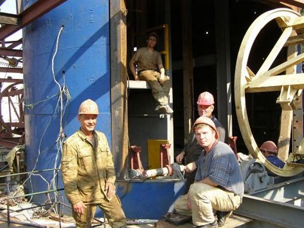 Работники «Днепрометростроя» просят президента помочь с выплатой зарплаты