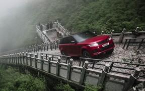 Range Rover Sport отмечает юбилей и готовится к смене поколения. ВИДЕО