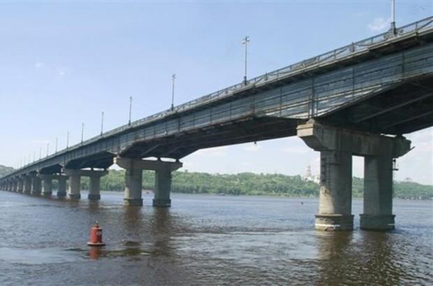 Ремонт моста Патона отложен на неопределенный срок
