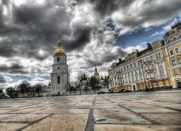 Ринок нерухомості Києва - замкнуте коло: покупці не купляють, забудовники не будують