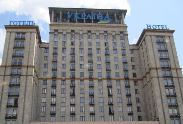 Российский олигарх продал 16 украинских отелей