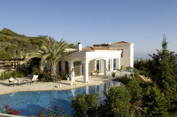 Россияне обогнали англичан и стали крупнейшими покупателями недвижимости на Кипре