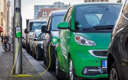 Ринок вживаних електромобілів в Україні просів. У чому причина?