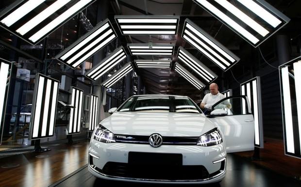 Рынок новых авто Европы снова пошел вниз. Что еще берут?