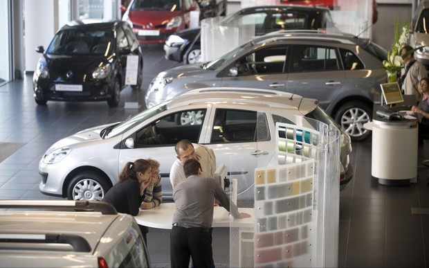 Рынок новых авто немного просел. Что покупали в ноябре?