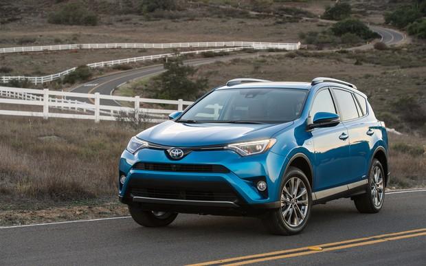 Рынок новых авто в сентябре: Toyota RAV-4 стал бестселлером Украины