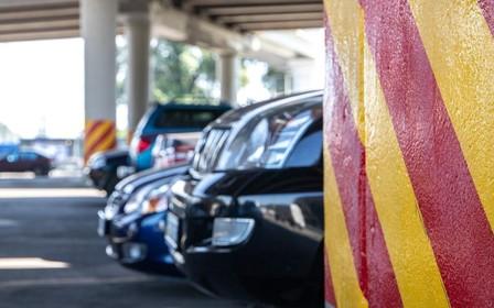 С пробками на дорогах Киева будут бороться новыми парковками. Что, где и когда построят?