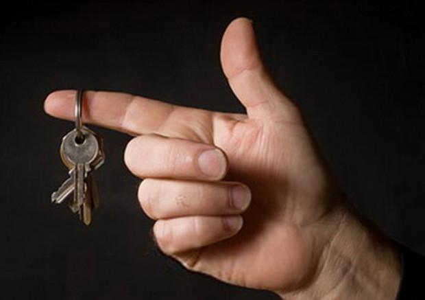 Сделок на рынке жилья мало, и все мимо риелторов