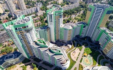 Седьмая очередь ЖК «Паркове місто» строится