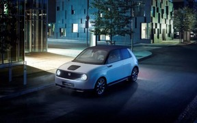 Серийный электрокар Honda оценили в €30 тыс. Стоит присмотреться?