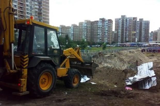 Скандальную стройку на Троещине заменит парк