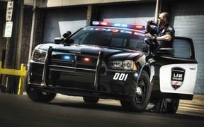 Снимай шинель! Топ-10 полицейских авто, которые можно недорого купить «на гражданке»
