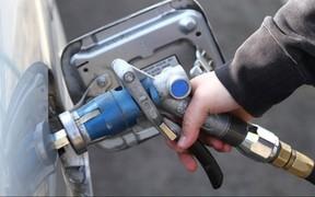 Средняя цена автогаза превысила 15 грн/л