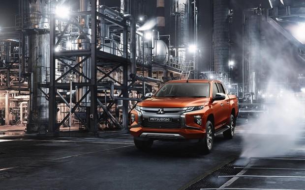 Старт продаж нового Mitsubishi L200 в Украине: легендарный пикап стал еще лучше – в дизайне, салоне, технологиях!