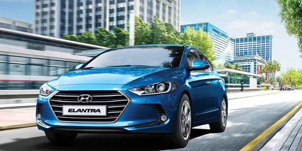«Святкуй Новий рік з новою Hyundai Elantra!»