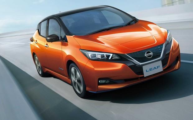 Теперь официально! Nissan Leaf добрался в Украину