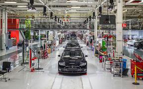 Tesla будет строить электромобили в Европе