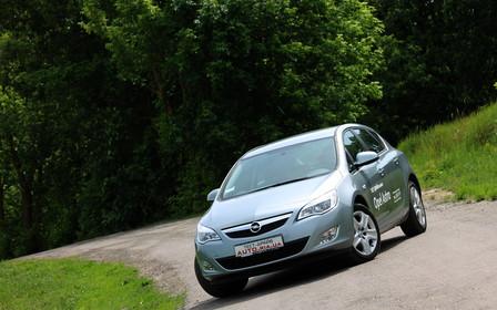 Тест-драйв Opel Astra J: расцвела