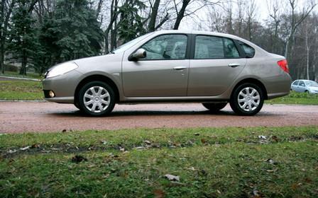 Тест-драйв Renault Symbol: 100 км за 30 гривен