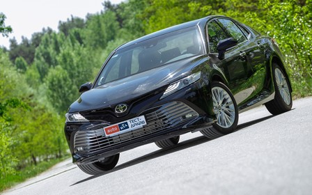 Тест-драйв Toyota Camry: Не то, что давеча