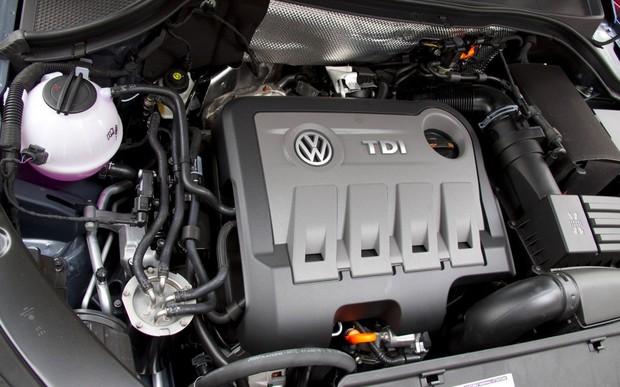Топ-20 дизельных авто в марте