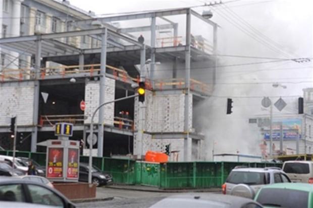 Торгово-офисный возле метро Театральная закончили строить