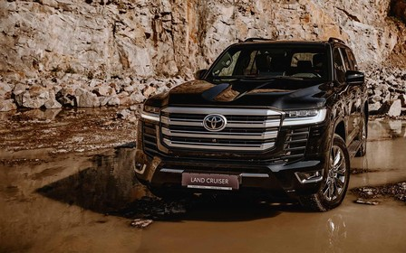 Toyota оголосила українські ціни на Land Cruiser 300. Скільки?