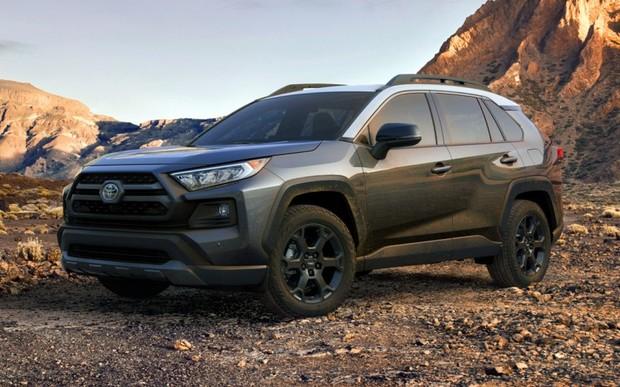 Toyota RAV4 все-таки будет внедорожником! ФОТО