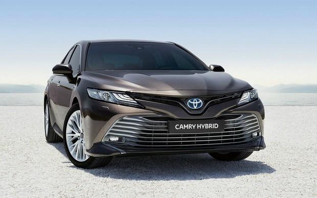 У офіційного дилера Toyota Центр «Автосаміт Біла Церква» розпочато приймання попередніх замовлень на Toyota Camry Hybrid
