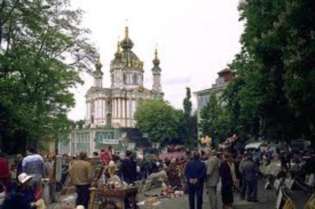 У Ющенко хотят изъять «его галерею» на Андреевском