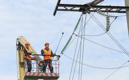 Украина ежегодно теряет 20 млрд грн из-за изношенных электросетей