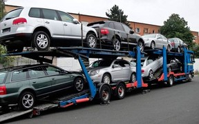 Украинцы потратили на покупку авто за границей больше 2,7 млрд. долларов за год