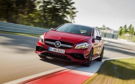 Уважать себя заставит: Mercedes-AMG A45 разгонится до сотни быстрее 4 секунд