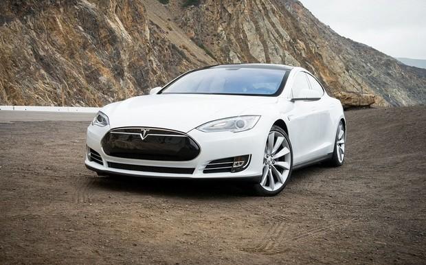 В Германии нашли Tesla Model S с пробегом в 900 000 км