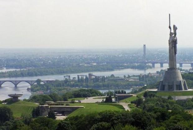 В Киеве до 2025 года увеличат количество зеленых насаждений на 2,5%