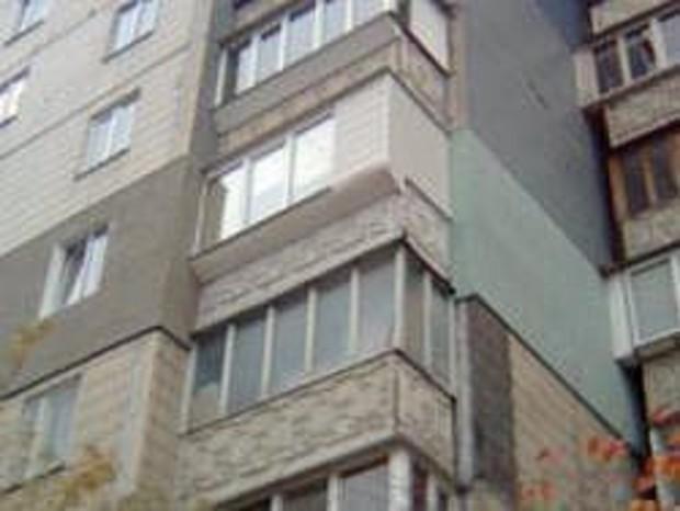 В Киеве мэрия пообещала утеплить восемь жилых домов