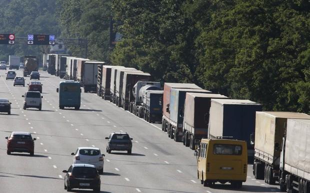 В Киеве ограничили въезд для фур
