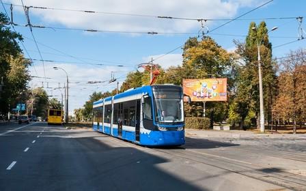 В Киеве трамвайные пути проложат через торговый центр