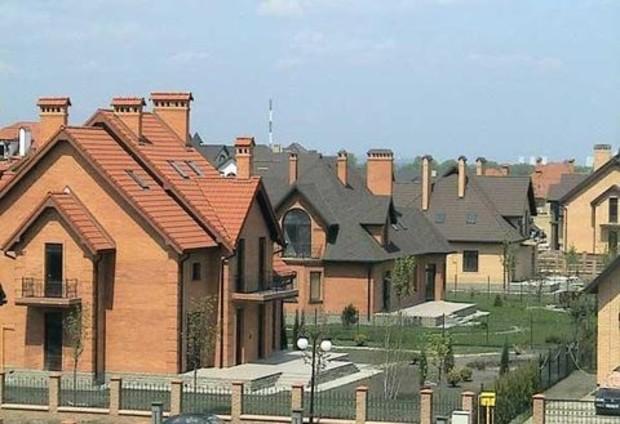 В коттеджных поселках Киевской области за месяц продано 105 домов