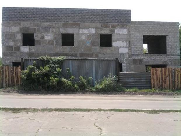 В Луганске приказано разморозить долгострои