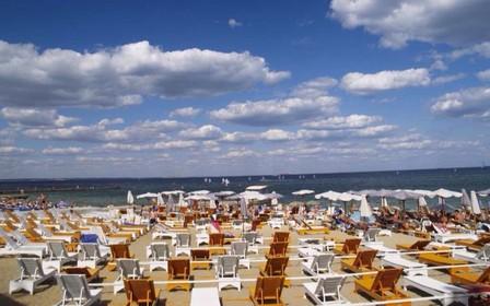 У Одесі почали демонтувати незаконні споруди на пляжах