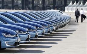 В октябре европейцам продали 1,17 млн. новых авто. Что покупали?