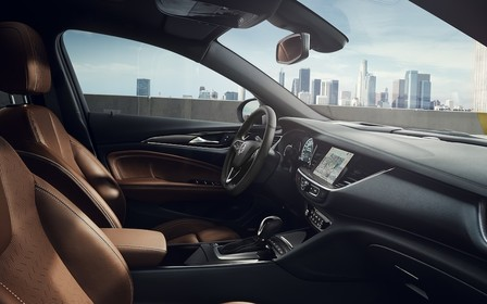 В Opel спина не болить