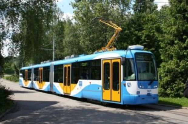 В Пуще-Водице реконструируют трамвайную линию