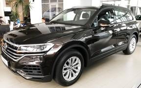 В салоні нова комплектація Volkswagen Touareg